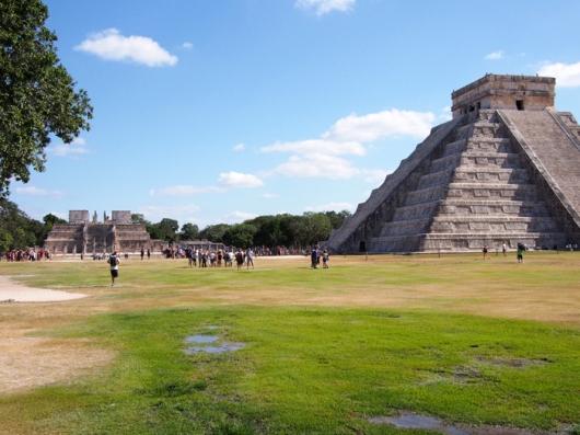 Северная сторона пирамиды Кукулькана, Чичен-Ица
