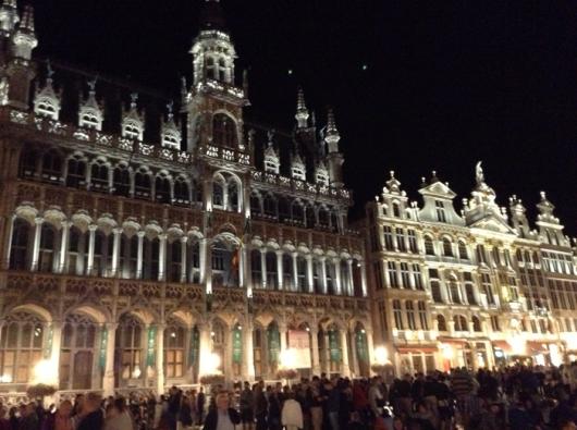 Гранд Пляс в полночь, Брюссель