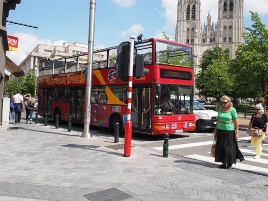 Автобус CitySightseeingBrusselsна улицах Брюсселя