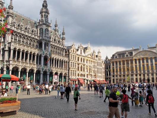 Гранд Пляс – слева Дом Короля или Хлебный Дом, Брюссель