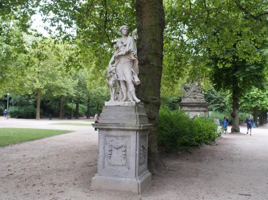 Прекрасные скульптуры Брюссельского парка